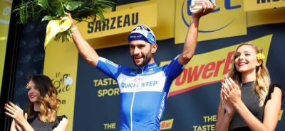 Cero y van dos victorias de etapa para Fernando Gaviria en la presente edición del Tour de Francia. El joven velocista colombiano volvió a imponer su punta de velocidad ante sus rivales en la llegada de la cuarta etapa de la ronda gala.