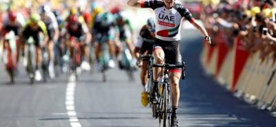 El irlandés Daniel Martin (UAE Emirates) fue el más poderoso en el Muro de Bretaña y, merced a un fulminante ataque dentro del último kilómetro, logró imponerse en la sexta etapa del Tour por delante del francés Pierre Latour (AG2R) y el español Alejandro Valverde (Movistar).