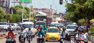 El Municipio evaluará si se le mide a una restricción formal de motocicletas en determinados lugares y horarios sugeridos por la Policía, o continúa con los operativos de la ITTB.