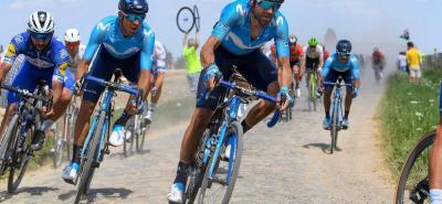 El pedalista colombiano Nairo Quintana logró defenderse bien y salir sin prejuicios de la etapa del pavé y ahora espera por la alta montaña, que iniciará mañana, para empezar a buscar su anhelado sueño amarillo.