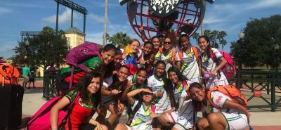 La selección Santander de fútbol femenino comanda el Grupo B de la Copa Internacional Disney con dos victorias consecutivas, la de ayer con marcador 15-0.
