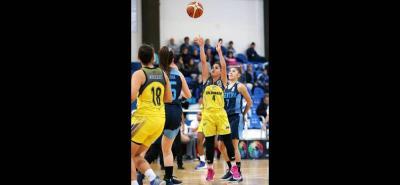 La santandereana Dayana Camila Fuentes Medina hace parte de la selección Colombia de baloncesto femenino que a partir de hoy competirá en el Mundial sub 17 que se desarrolla en Minsk, Bielorrusia.