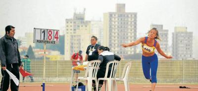 La santandereana Karen Fuentes ganó bronce en lanzamiento de jabalina en los Juegos Universitarios Panamericanos.