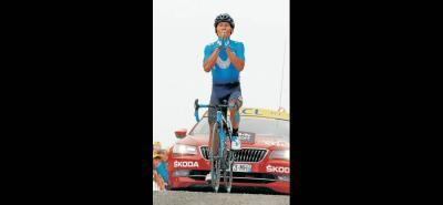 Nairo Quintana brindó una exhibición de ciclismo en la etapa 17 del Tour de Francia, al imponerse en la cima del Portet y ascender al quinto lugar de la clasificación general.