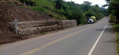 La construcción de la vía San Gil-Charalá-Duitama iniciarían en San Gil y se hizo en cuatro tramos: San Gil-Charalá; Charalá-Cantera; Cantera-Virolín; Virolín-límites con Duitama (pendiente).
