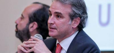 """Pablo Felipe Robledo, Superintendente de Industria y Comercio, explicó que """"el desvío masivo de boletería y su posterior reventa solo fue posible gracias a comportamientos atribuidos a la Federación Colombiana de Fútbol (FCF)"""""""