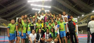 Esta es parte de la delegación santandereana de taekwondo que brilló en el Nacional de Medellín.