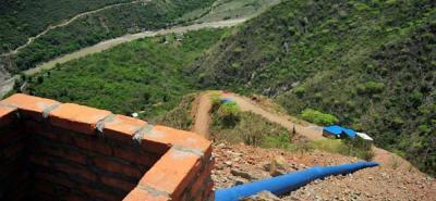 Con los adicionales en recursos y tiempo, las autoridades esperan que para el próximo año esté por fin funcionando el acueducto que surtirá de agua potable al municipio de Los Santos.