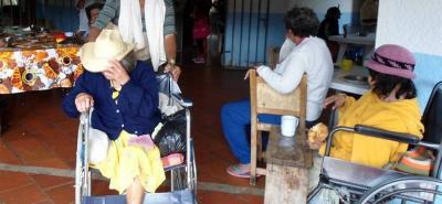 La obra social que promueve la Corporación Cultural Teyarig busca que la ciudadanía se acuerde de los ancianos.