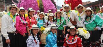 Tanto en mejor coplero como en mejor comparsa, el municipio de El Peñón arrasó en las fiestas de Vélez.