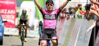 La tercera etapa de la 68ª edición de la Vuelta a Colombia que llegó ayer a Manizales fue ganada por Sergio Andrés Higuita, del Manzana Postobón, quien atacó en el momento justo. A su rueda llegó Juan Pablo Suárez, del EPM-Scott, quien se convirtió en el nuevo líder.