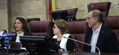 El proyecto de ley que obliga el uso de los pliegos tipo en todas las entidades gubernamentales de orden nacional y territorial, podría ser ley antes de terminar el año.