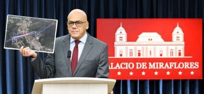 El Gobierno de Venezuela pidió un código rojo de Interpol contra el expresidente del Parlamento Julio Borges, en el caso del atentado contra el presidente Nicolás Maduro+.