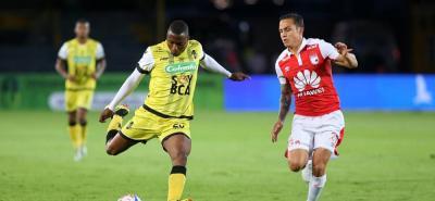Independiente Santa Fe doblegó anoche 4-0 a Alianza Petrolera, en juego de la cuarta fecha de la Liga Águila II de 2018 disputado en Bogotá.