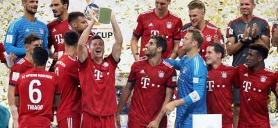 El polaco Robert Lewandowski fue la figura del Bayern Múnich en la final de la Supercopa de Alemania, pues marcó tres de los cinco goles de su equipo.