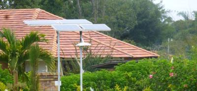 Los proyectos de energía solar que adelanta Econstruimos aplican para uso residencial, empresarial e incluso para la iluminación de espacios públicos.