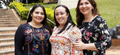 Isabel Cristina Gómez, Laura Marcela Uribe y Eliany Pedrozo Araque.