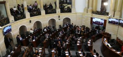 Al cierre de esta edición, la comisión accidental designada por el Congreso de la República continuaba oyendo a los más de 60 aspirantes habilitados para el cargo de Contralor.