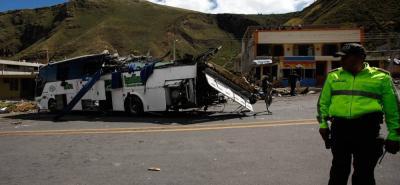 Bus accidentado en Ecuador registra dos multas de tránsito en Floridablanca