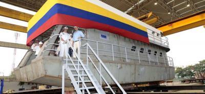 El diseño del CAII Fluvial está dividido en tres partes: la cubierta 01, la cubierta principal y la quilla, y alojará hasta diez tripulantes.