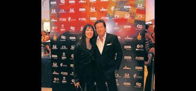 Elena Li Chow y Joaquim de Almeida.