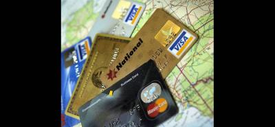 El uso del efectivo disminuirá en el sector formal en la medida en que los sistemas de pago mejoren, anotaron los expertos que participaron en la Convención Bancaria.