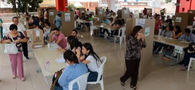 El umbral de participación, que era de 12 millones 140 mil votos, no se logró.