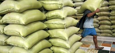 Para los arroceros del país eliminar las barreras de protección para el arroz de Perú, abrirá una ventana a las importaciones que perjudicarían al productor local.