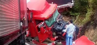 Accidente de tránsito obligó al cierre de la vía Bucaramanga - Bogotá