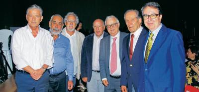 Leonidas Gómez, Leonardo Padura, Héctor Abad Faciolince, Rodolfo Mantilla Jácome, Rafael Ardila Duarte, Alberto Montoya Puyana y Fernando Galván.