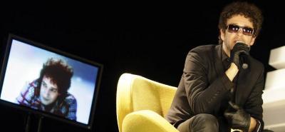 Gustavo Cerati en un foro sobre música en Bogotá, en el 2009.