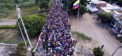 """""""Es un flujo migratorio normal"""": Venezuela vuelve a negar salida masiva de personas"""