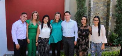Eduardo Forero, Gina Rodríguez, María Morales, Pia Illidge, Néstor Díaz, Yadira Estévez y Mónica Nuñez.