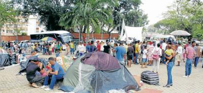 Personería de Bucaramanga estima que cada día llegan a la ciudad unos 400 venezolanos. La mayoría de ellos, vienen de paso.