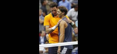 El argentino Juan Martín del Potro avanzó a la final del US Open 2018, al dejar en el camino al español Rafael Nadal, a quien le ganó los dos primeros sets, antes de que se retirara por lesión.