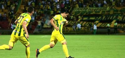 Sherman Cárdenas tuvo otro partido destacado con el Atlético Bucaramanga. El mediocampista santandereano marcó la diferencia con su fútbol ante América de Cali, pero por momentos no encontró el respaldo del juego colectivo de su equipo.