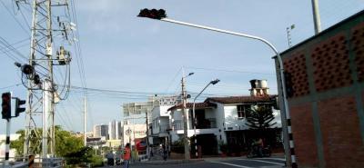 El objetivo es que con estos semáforos el tráfico se pueda controlar y, por ende, respetar la vida de los peatones.
