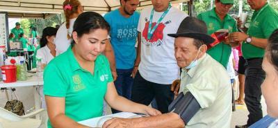 Los habitantes de jardín de Arenales tendrán los servicios gratuitos de la Alcaldía de Girón.