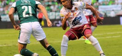 Deportes Tolima, el campeón vigente de la Liga Águila, asumió el liderato después de vencer 1-0 en calidad de visitante a Deportivo Cali. El elenco 'pijao' suma 25 puntos y es perseguido de cerca por el Once Caldas, que registra 24 unidades.