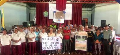 La Estación de Policía de Coromoro, en compañía de la Policía de Turismo, promovió campaña para evitar los hurtos.