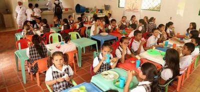 Nueve mil niños de más de 130 barrios y 87 veredas del municipio se benefician del Programa de Alimentación Escolar PAE que se reactiva luego del receso que inicia el 8 de octubre