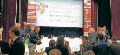 Durante la Asamblea, los líderes de las Cámaras de Comercio de Iberoamérica Julián Domínguez, presidente de Confecámarada, fue reelegido como presidente de Aico.