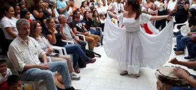 La delegación de Francia fue recibida con alborozo en Los Santos donde conocieron la cultura y el patrimonio de la zona.