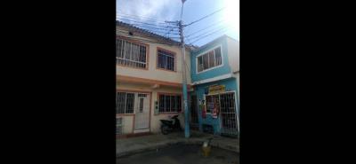 Según los operarios de la Essa que visitaron la zona, el poste está en buenas condiciones y no requiere un cambio.