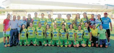 La selección Santander juvenil de fútbol femenino se estrena hoy en el Zonal del Campeonato Nacional de la categoría, que tiene como sede a Bucaramanga.