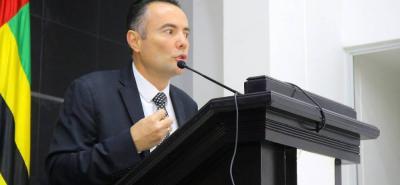 """""""A partir del 1 de noviembre la Contraloría pone a disposición el nuevo software ATC que permitirá que se puedan entablar las denuncias a través de este sistema digital y hacerle seguimiento"""", informó Diego Fran Ariza, Contralor General de Santander."""