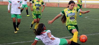 La selección Santander de fútbol femenino empezó ganando en el Zonal Nacional Juvenil que tiene como sede la cancha Marte de Bucaramanga. En el debut venció 8-0 a Arauca.