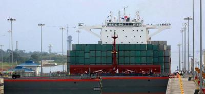 Exportaciones del agro y del grupo de manufacturas cerraron el octavo mes del año en números rojos.