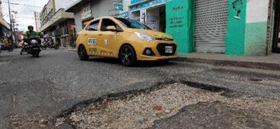 Con el empréstito de los $50 mil millones, la Alcaldía de Bucaramanga busca atender el 10% de la malla vial del municipio que requiere mantenimiento.