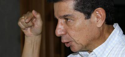 José Félix Lafaurie Rivera, presidente ejecutivo de la Federación Colombiana de Ganaderos considera que la politiquería le dio un fuerte golpe a la ganadería del país.